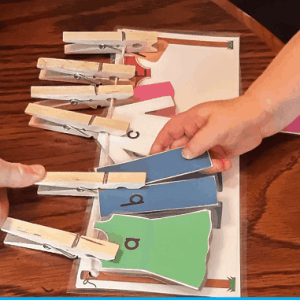 ABC Matching Game Clothes Line {Teaching a Toddler}