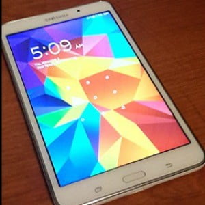 Samsung Galaxy Tab 4 Review {Kid's Holiday Wishlist Reviewed Blog Hop}