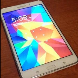 Samsung Galaxy Tab 4 Review {Kid's Holiday Wishlist Reviewed Blog Hop}